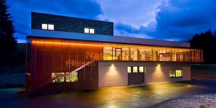 2010 fliesen und naturstein plankensteiner toblach architekt bruno rubner bruneck brunico. Black Bedroom Furniture Sets. Home Design Ideas
